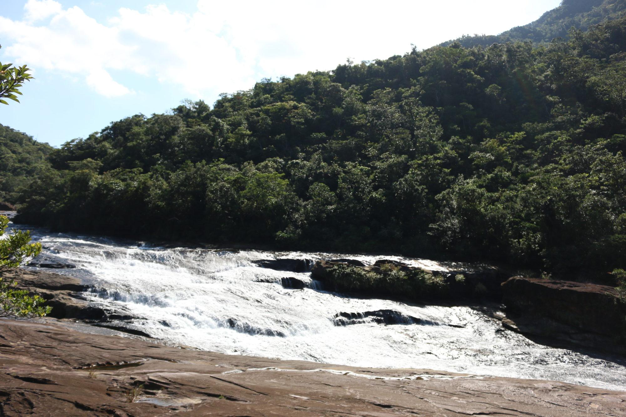 日本の滝100選で一番南にある西表島のマリユドゥの滝へ! さらに登ってカンビレーの滝へ。〜年末に行く、離島旅2017-2018〜