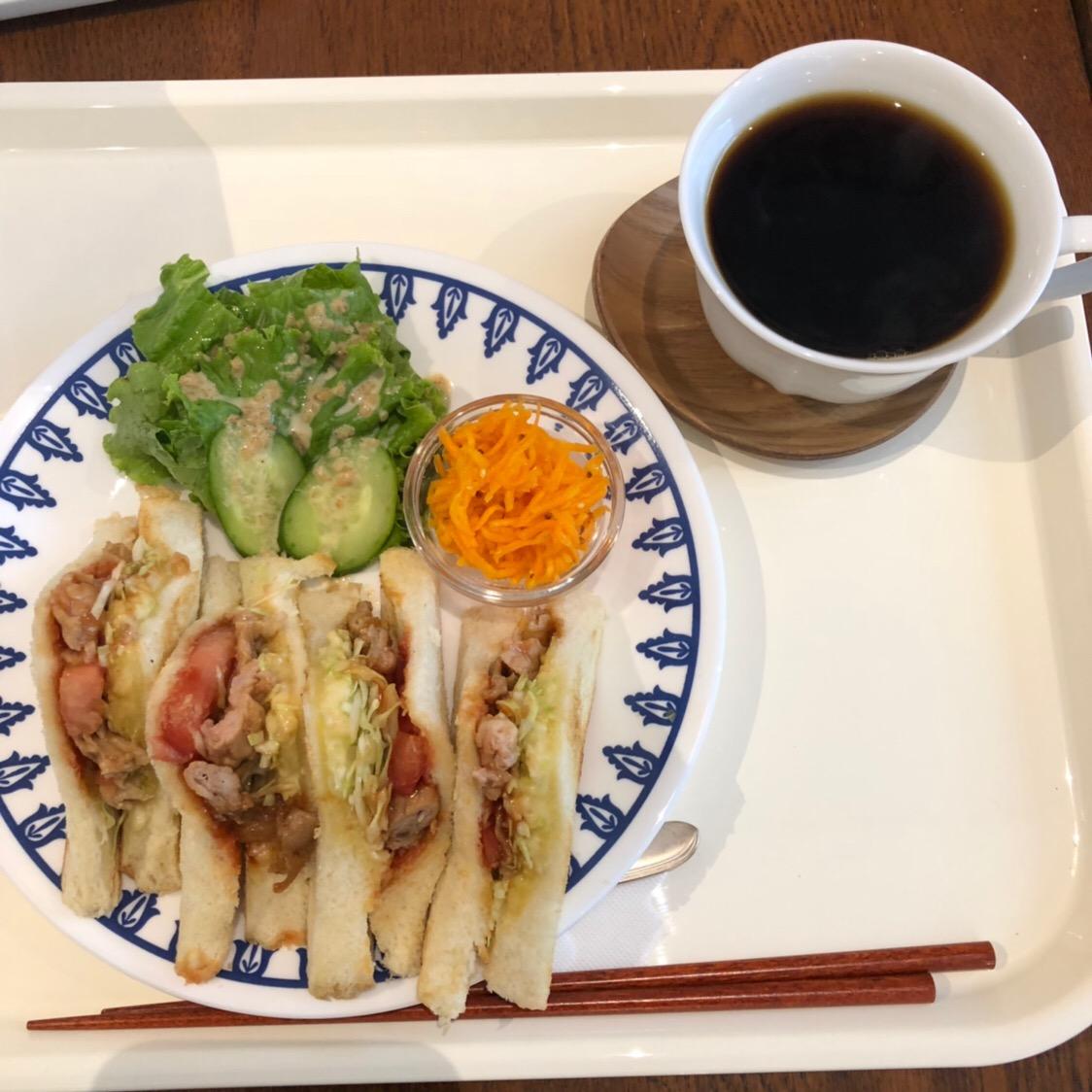 大阪市 平野区 喫茶やぶでのランチ〜カレーランチ、サンドイッチランチとティラミスをいただく〜
