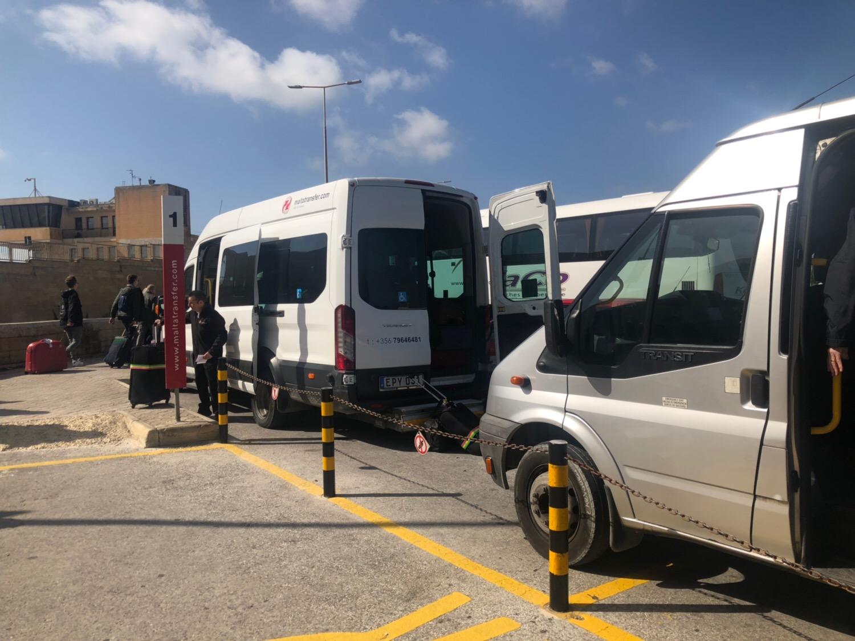 malta transferでマルタ空港から送迎シャトルバスで直接ホテルへ!