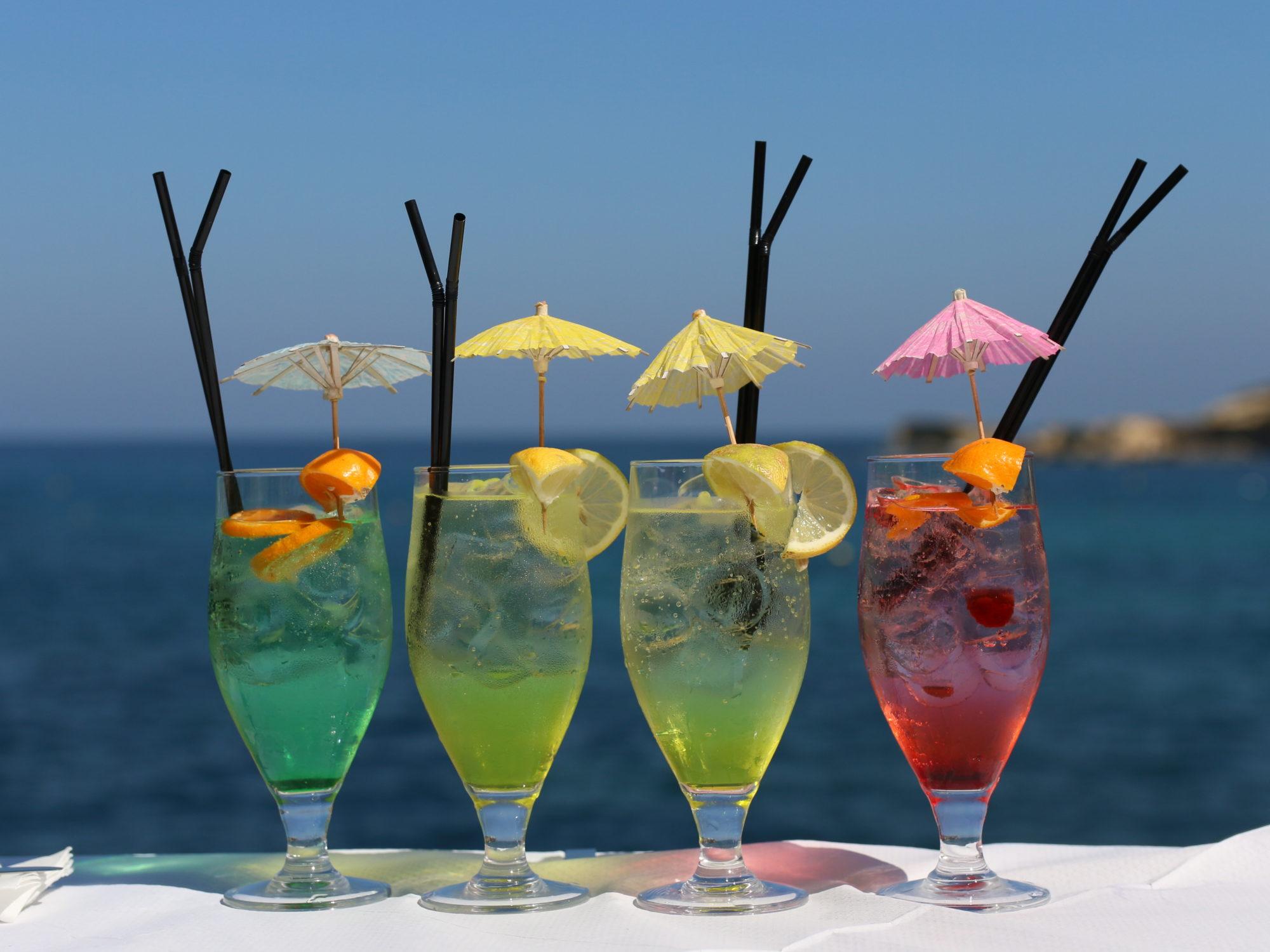 IL-KARTELL レストラン〜ゴゾ島マルサルフォン でインスタ映えする、きれいな海を見ながらの屋外ランチ〜