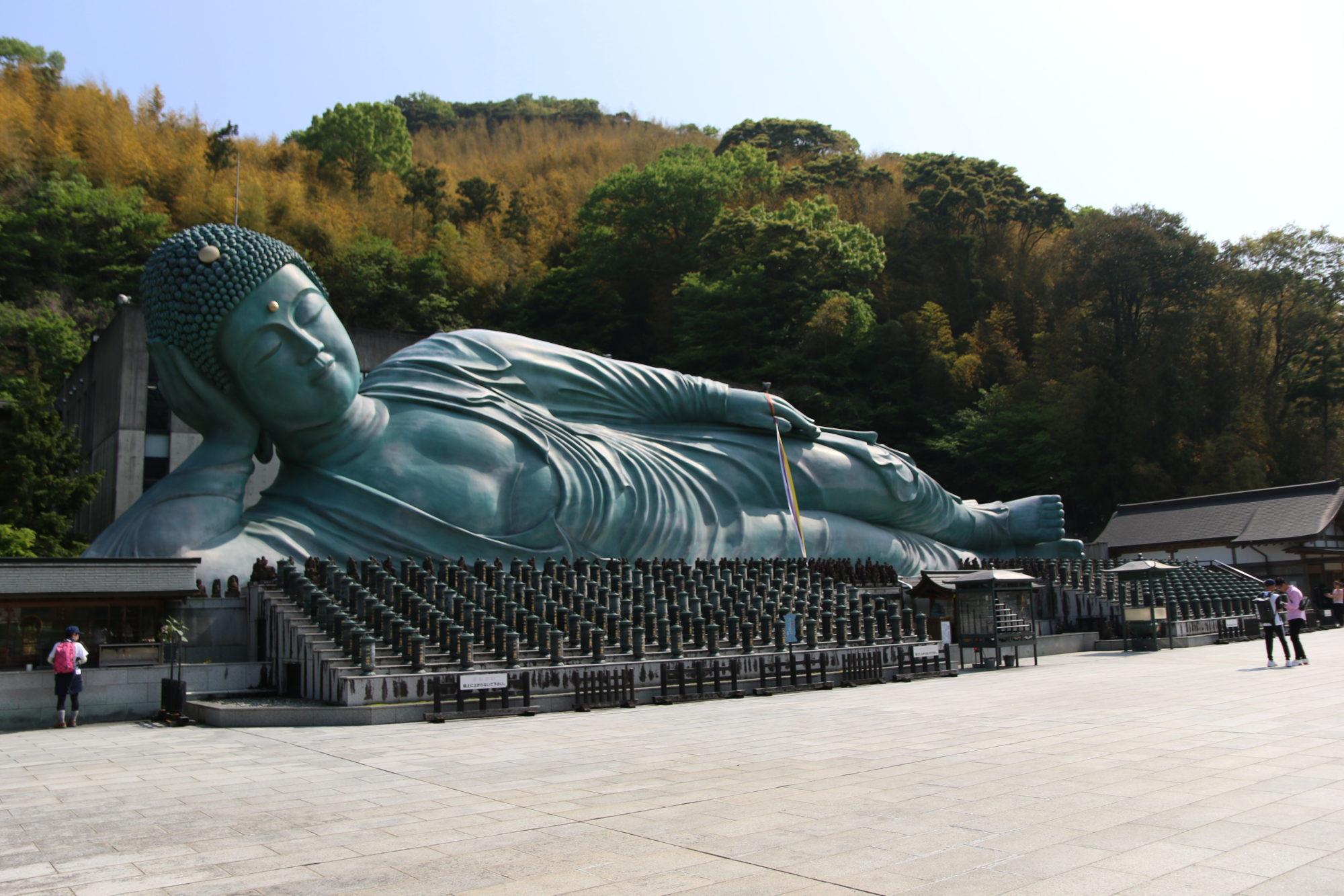 南蔵院(福岡県篠栗町)で涅槃像をみる〜大阪から車でヤフオクドームに行く前に観光する〜