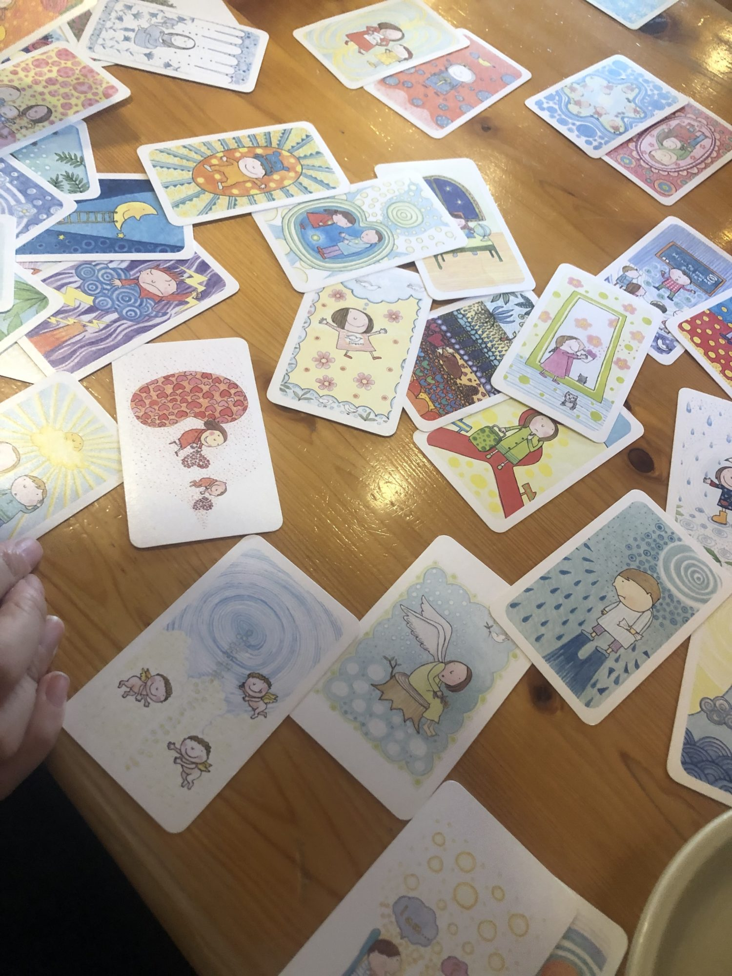 安心安全な場で魔法の質問のカードで気持ちをアウトプットしてゆるめる〜奈良の秘密基地でのデトックスとヒーリング〜